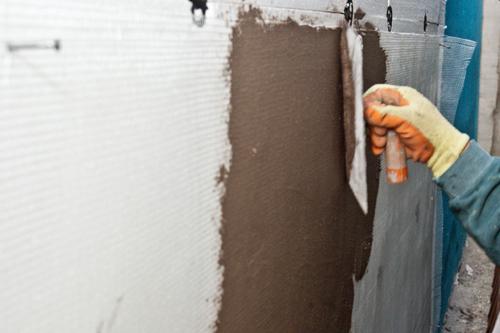 Монтаж пенопласта на фасад штукатурка