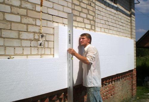 монтаж пенопласта на фасад толщина