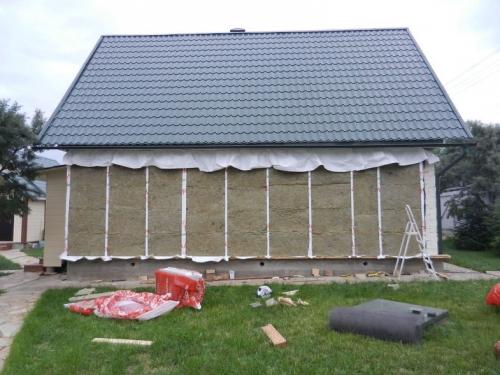 Утепление дома из бревна минвата