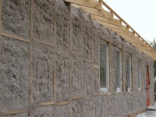 Утепление стен брусового дома снаружи эковатой 4