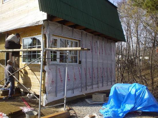 Утепление деревянного дома снаружи пенопластом 5