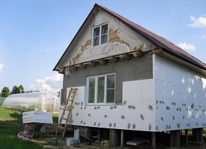 Утепляем дом из пеноблоков снаружи пенополистиролом 1