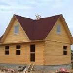 Стоит ли дом из бруса заказать или строить самому — ответы на вопросы