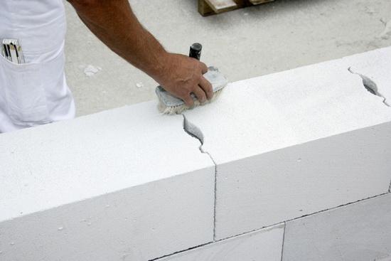 Газосиликатные блоки - основные недостатки при многоэтажном строительстве 5