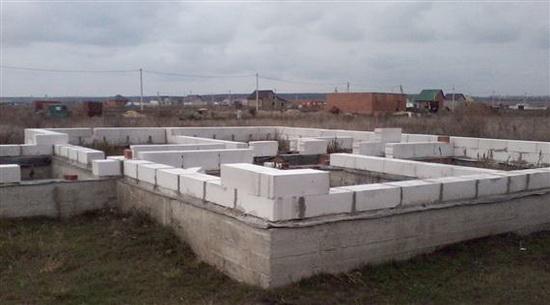 Стандартный вес пеноблока 600х300х200 в условиях естественной влажности 3