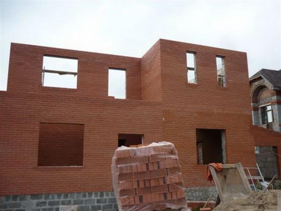 Стоимость кладки кирпича за куб - с материалами и без на строительстве дома 3