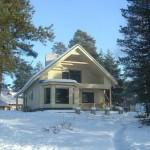 Отвечаем на вопрос, можно ли строить каркасный дом зимой