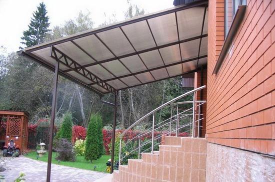Крыльцо для частного дома из поликарбоната - фото 3