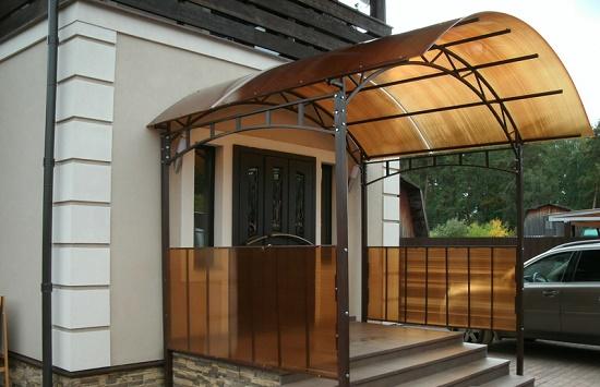 Крыльцо для частного дома из поликарбоната - фото 4