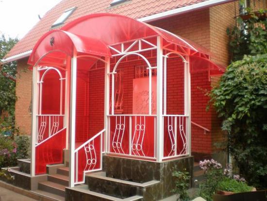 Закрытое крыльцо из поликарбоната для частного дома 2