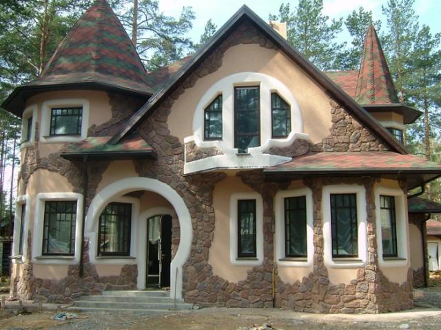отделка фасада дома камнем и штукатуркой фото 15