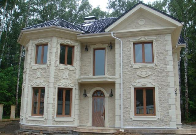 отделка фасада дома камнем и штукатуркой фото 7