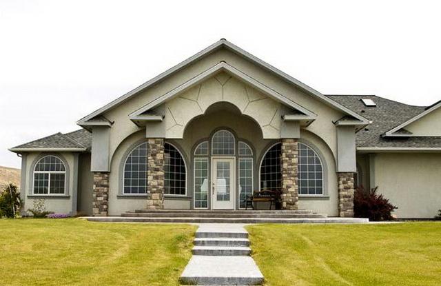 Сочетание цвета крыши и фасада дома на фото 1