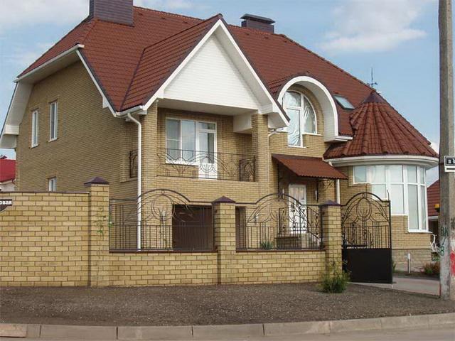 Сочетание цвета крыши и фасада дома на фото 7