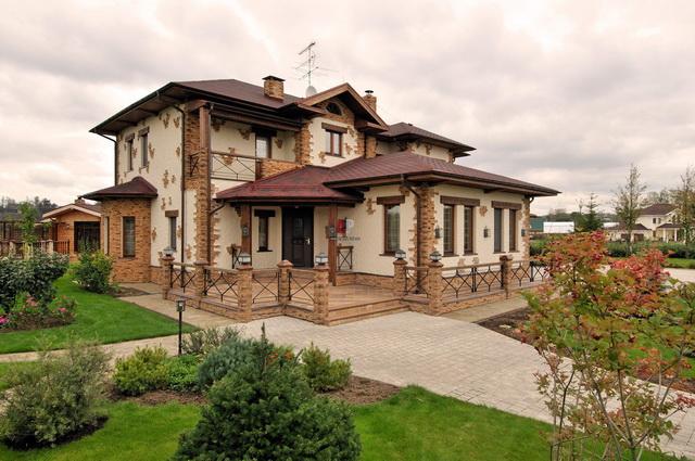 Сочетание цвета крыши и фасада дома на фото 12