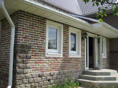 оформление фасада дома кирпич 1