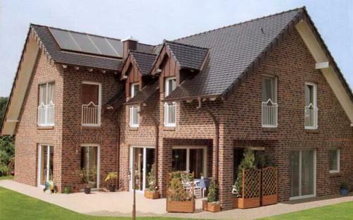 оформление фасада дома кирпич