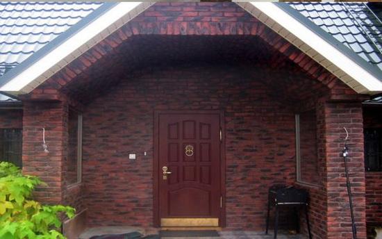 Облицовка фасада дома кирпичом 7