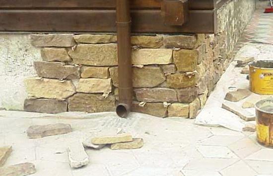 Наружные стены камень своими руками