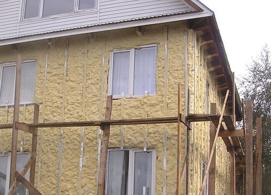 Утепление дома из бруса фото
