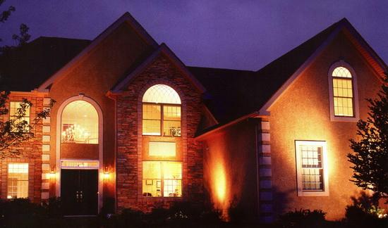 Как использовать фасадные светильники для декора фасада 5