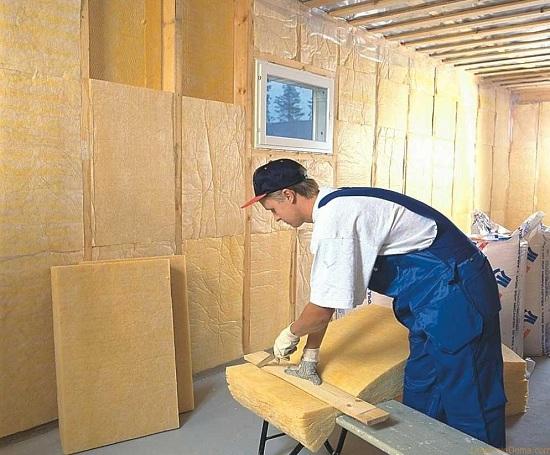 Как утеплить стены минватой в деревянном доме изнутри 4