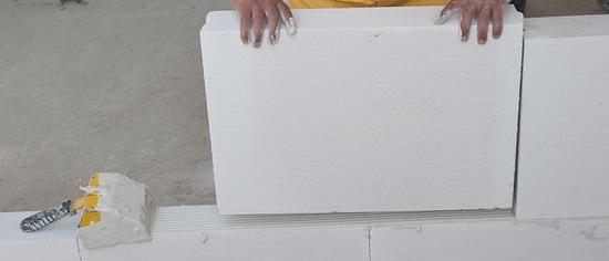 Газосиликатные блоки - основные недостатки при многоэтажном строительстве 4
