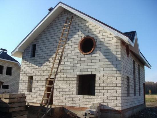 Используем пенобетонные блоки - плюсы и минусы в частном строительстве 5