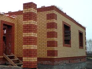 Сколько кирпичей в 1м³ кладки в трехслойной стене с утеплением 1