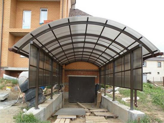 Как можно сделать из поликарбоната навес над крыльцом дома 4